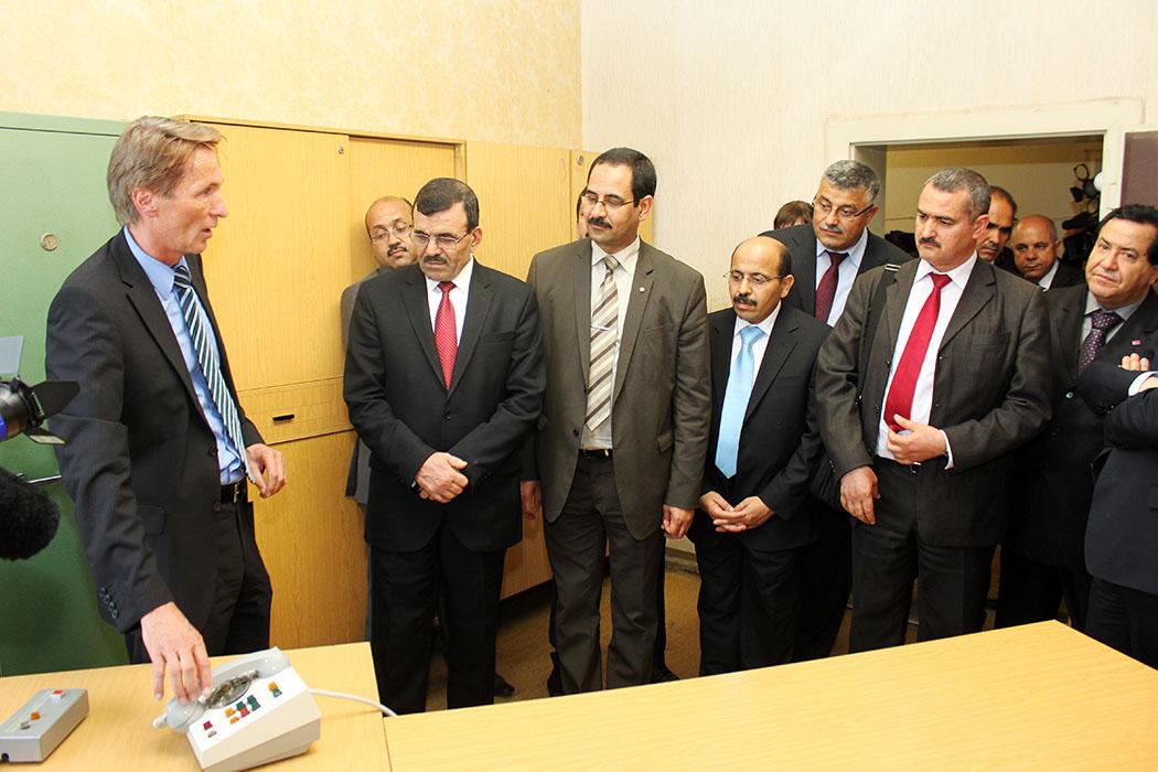 Ali Larayedh et son cabinet, à Berlin