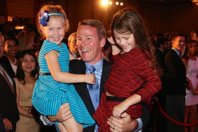 Secretary of State Jon Husted mit seinen Töchtern Kylie (inks, 5) und Katie (7).